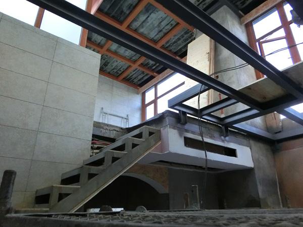 金坛金海湾公馆18楼两层阳光房 地台 机房隔断